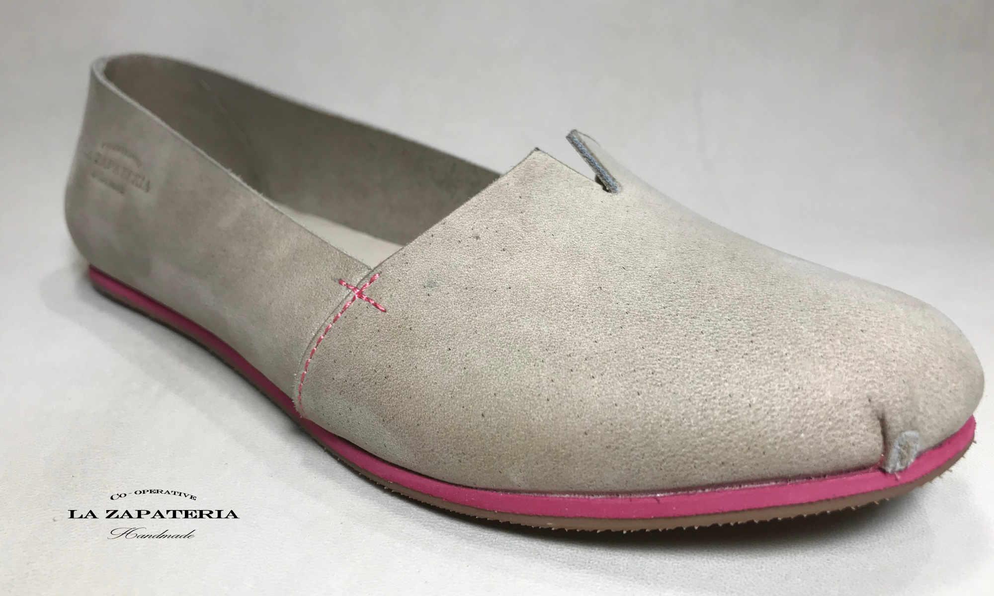 Pampa zapatos flat de cuero hechos a mano tierra detalles rosados
