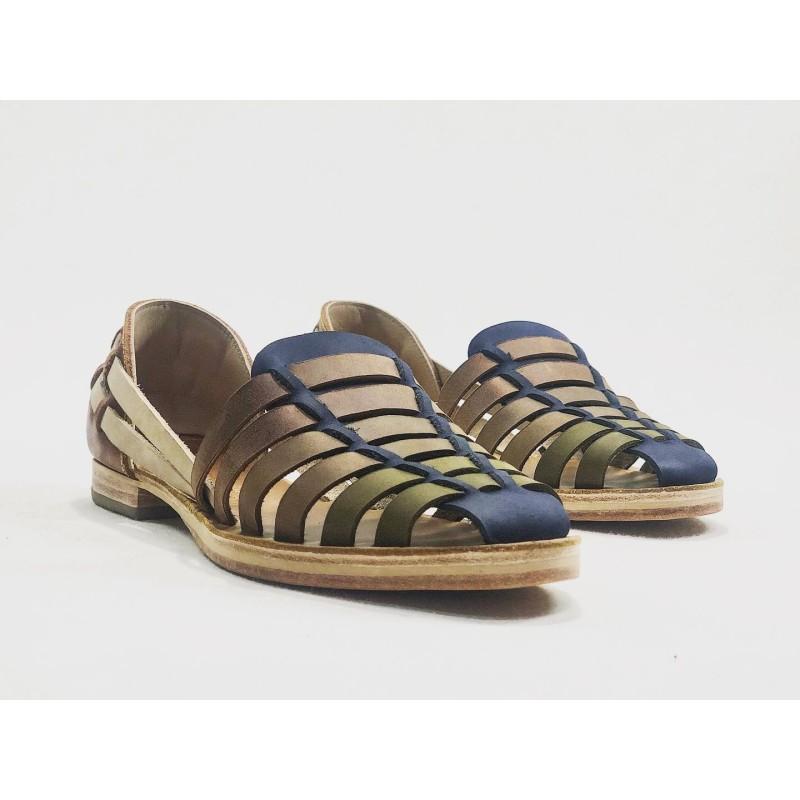 Indian Beloved sandalias de cuero hechas a mano azul verde camel vino tierra seca rojo caramel detalles beige