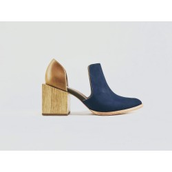 Alfonsina zapatos hechos a mano de cuero azul graso ranger caramelo detalles verde beige taco madera natural 7 cm